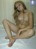 Plump blonde Katya nudists - naturism photo pic004