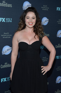 Kether nackt Donohue Kether Donohue