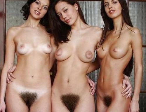 tres mujeres con el coño peludo