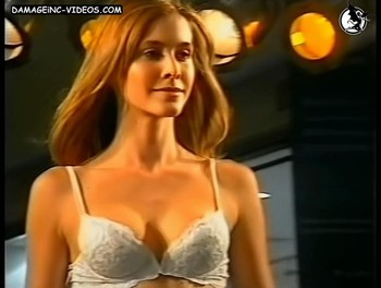 Guillermina Valdez white bra model