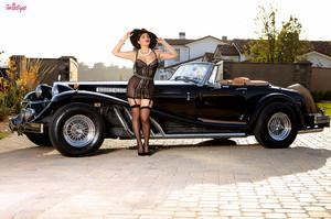 Valentina Nappi in Ti Amo :: May 23, 2015p417f88w0y.jpg